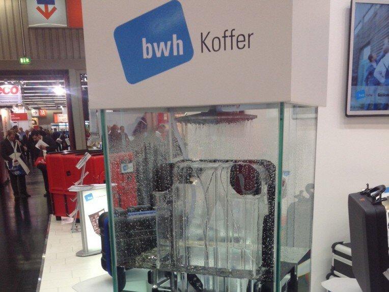 Messestand bwh Koffer auf Fachpack 2012 Wasserdichter Koffer