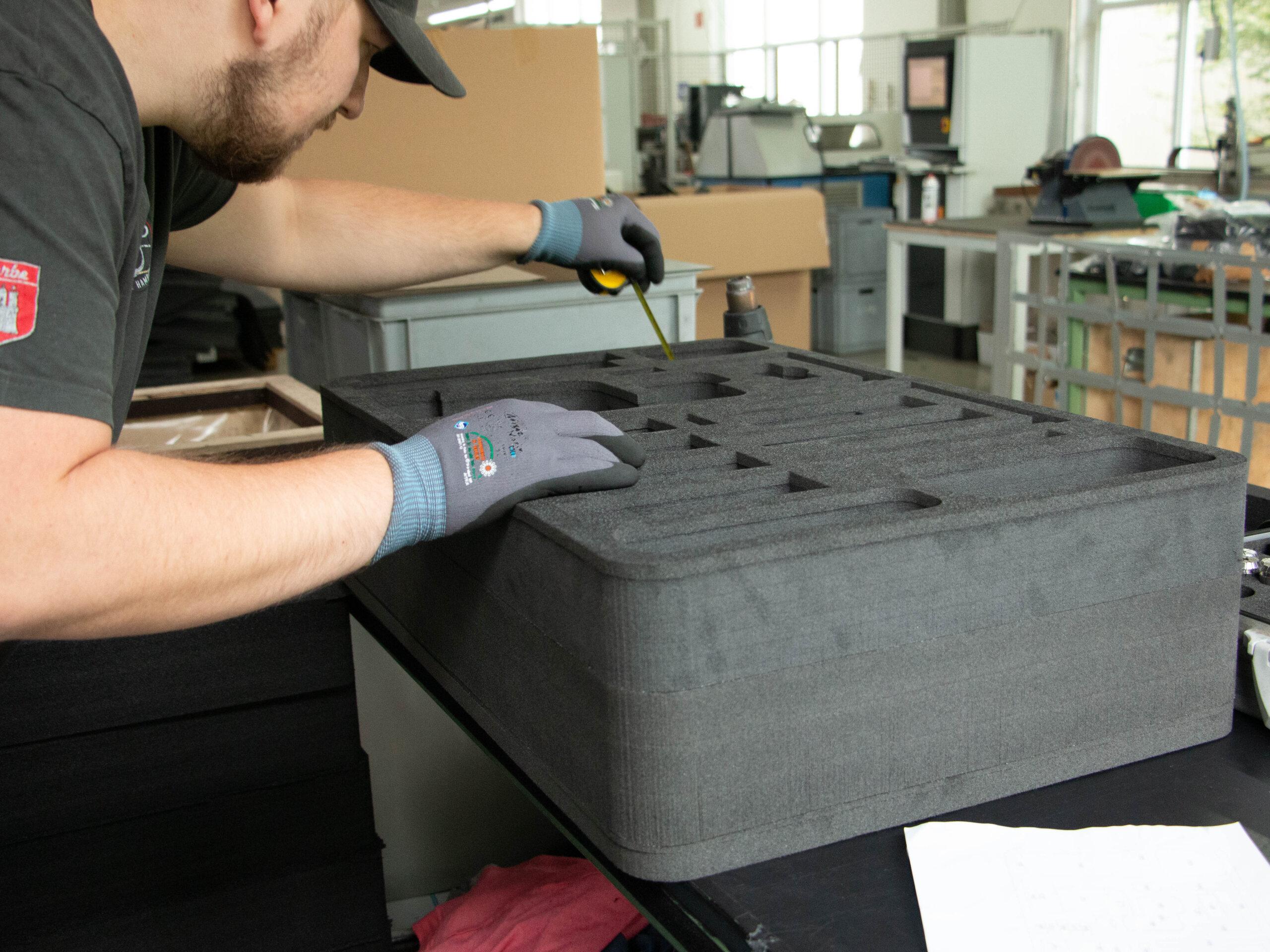 Schaumstoffeinlagen nach Maß von bwh Koffer